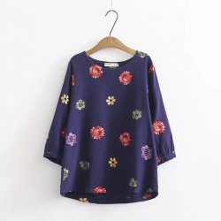 LM+ Flower Motif Blouse