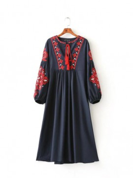 Embroidery Detailed Dress