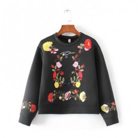 Floral Embroidery Sweater (2 Color)