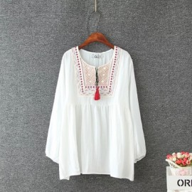 LM+ Embroidered Blouse (3 Color)