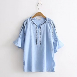 LM+ Flare Embroidery Blouse