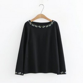 LM+ Embroidery Hem Blouse