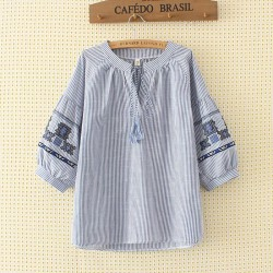 LM+ Motif Sleeve Blouse