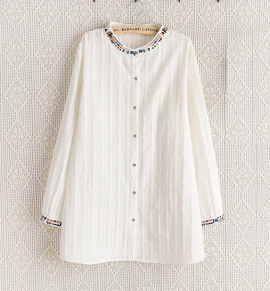 LM+ Embroidery Neckline Blouse