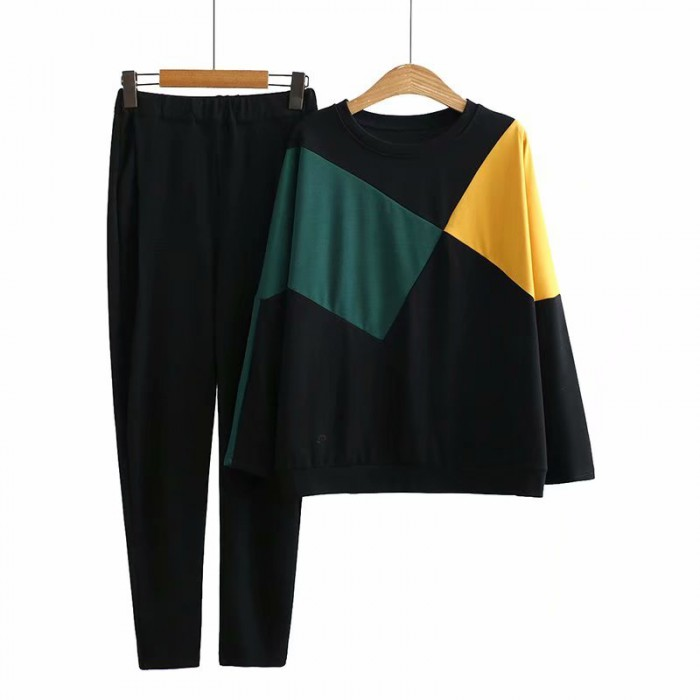 LM+ Graphic Top and Pants Set