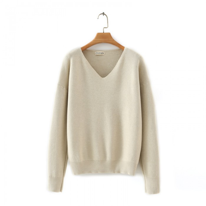 LM+ V-Neck Sweater
