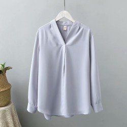 LM+ V-Neck Blouse