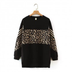 LM+ Animal Motif Pullover